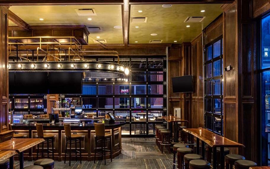 Live at the Battery Atlanta   Coors Banquet Bar