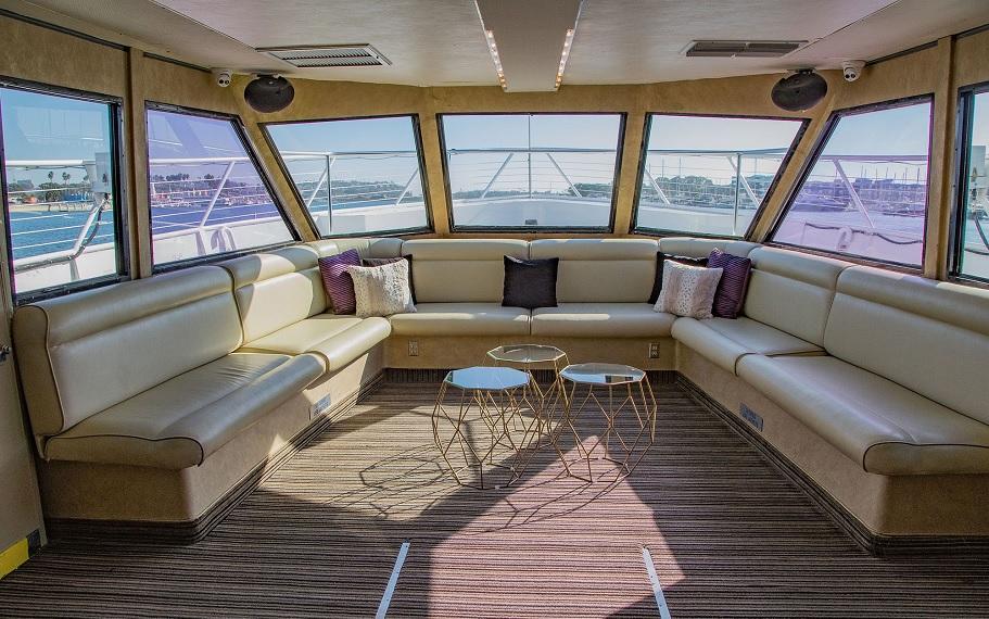Dream On Yacht by Hornblower