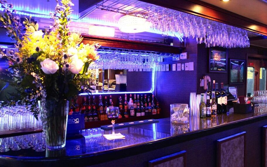 Majestic Princess Bar